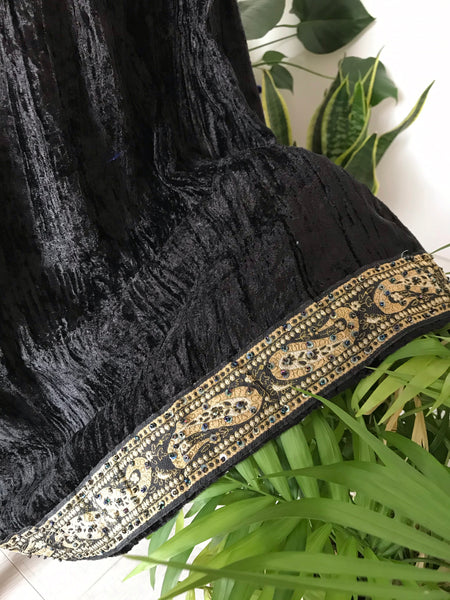 BEAUTIFUL BLACK VELVET GOLD DUST SKIRT / REG - PLUS