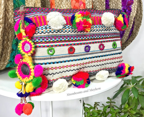 BEAUTIFUL SOPHIA POM POM CLUTCH / EVENING BAG - MoonbeamsandMayhem