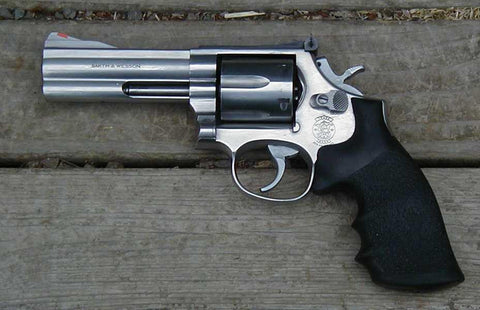 "Smith and Wesson 686 .357Mag Stainless, 4.25"".  TSE # 5112."