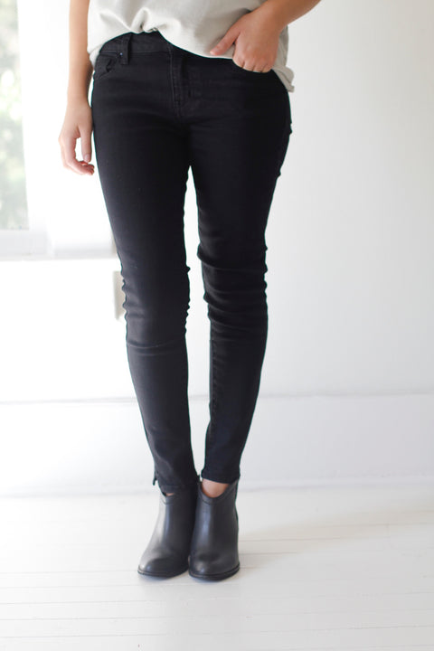 Jet Black Denim Skinny Jeans - Seven Oaks