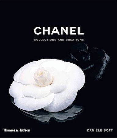 Bookcover of Chanel: Collections and Creations by Daniele Bott (2007).