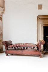 Haxby Chaise