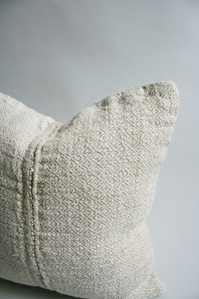 Linen Pillow - Diamond weave