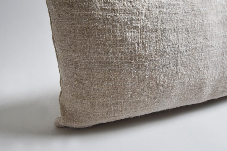 Antique Linen Lumbar in Oatmeal