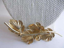 Load image into Gallery viewer, Vintage Beautifully Gold Plated Leaf Brooch with Genuine Pearl