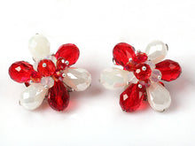 Load image into Gallery viewer, Flower Clip Earrings