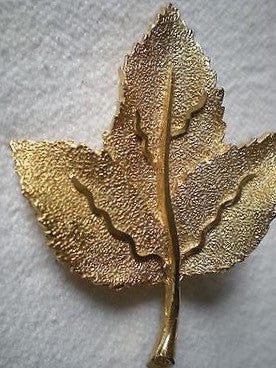 Gold Tone Ivy Brooch