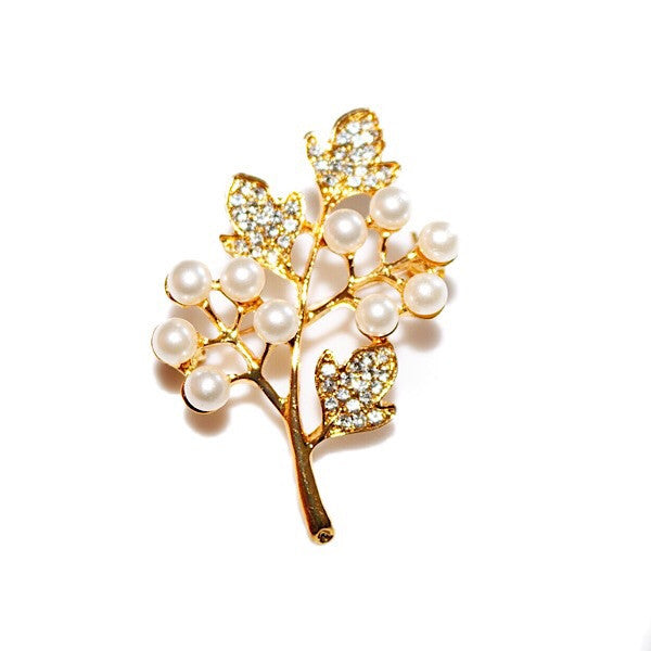 Brooch of Ivies and Pearls