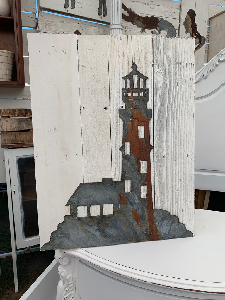 Old Tin Lighthouse