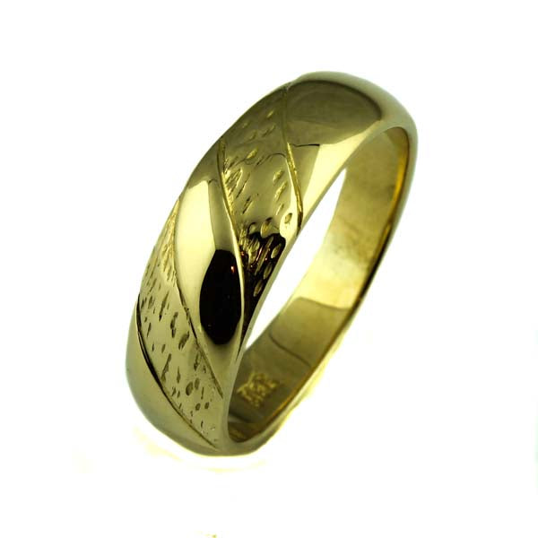 Gold engraved men's ring - What Women Want Jewellers