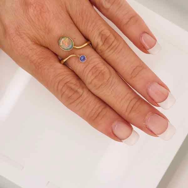 Opal tanzanite gold ring