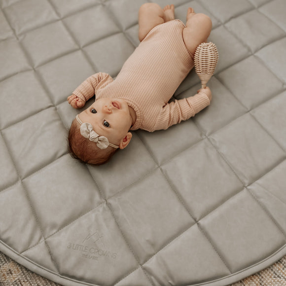 Vegan Leather Quilted Playmat Round - Grey