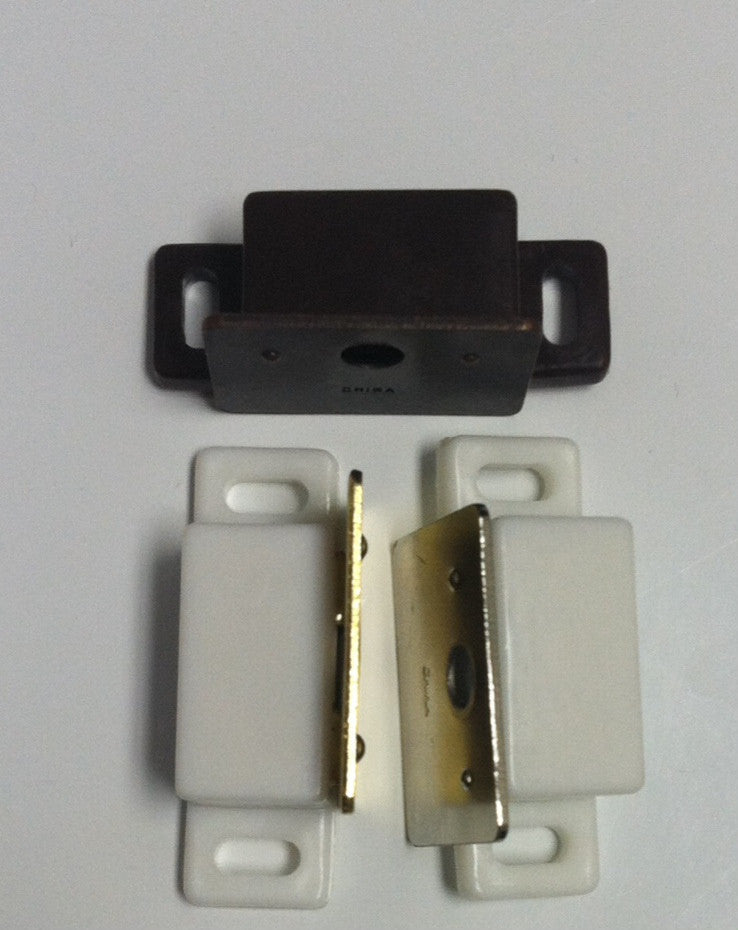Shutter Magnet & Catch Plate (Pair) - Wholesale Blindparts