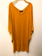 Load image into Gallery viewer, Lucinda Top/Tunic