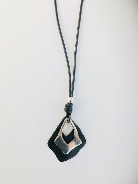 Chunky Black/Silver Geo Necklace