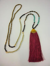 Load image into Gallery viewer, Detailed Tassel Necklace