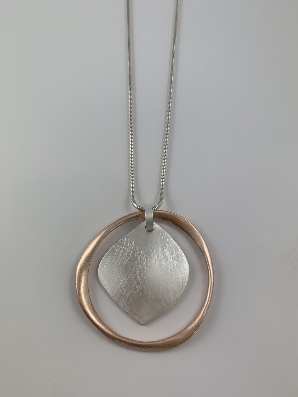 Droplet Circle Necklace
