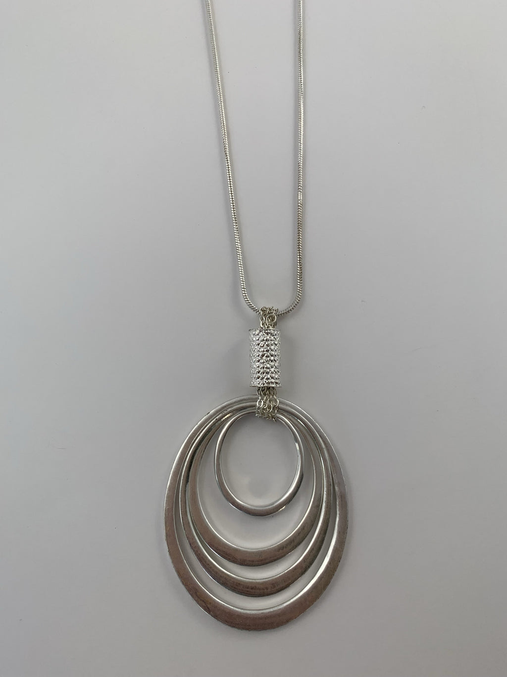 Silver Oval Chain Detail Necklace