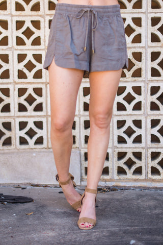 Brush Off Shorts - Olive