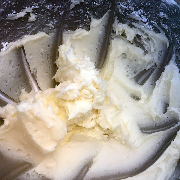 vanilla-frosting-in-mixer