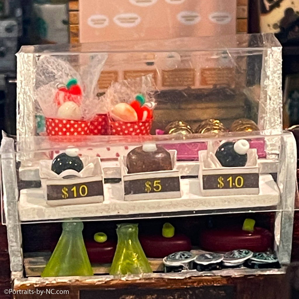Pastry display and cooler