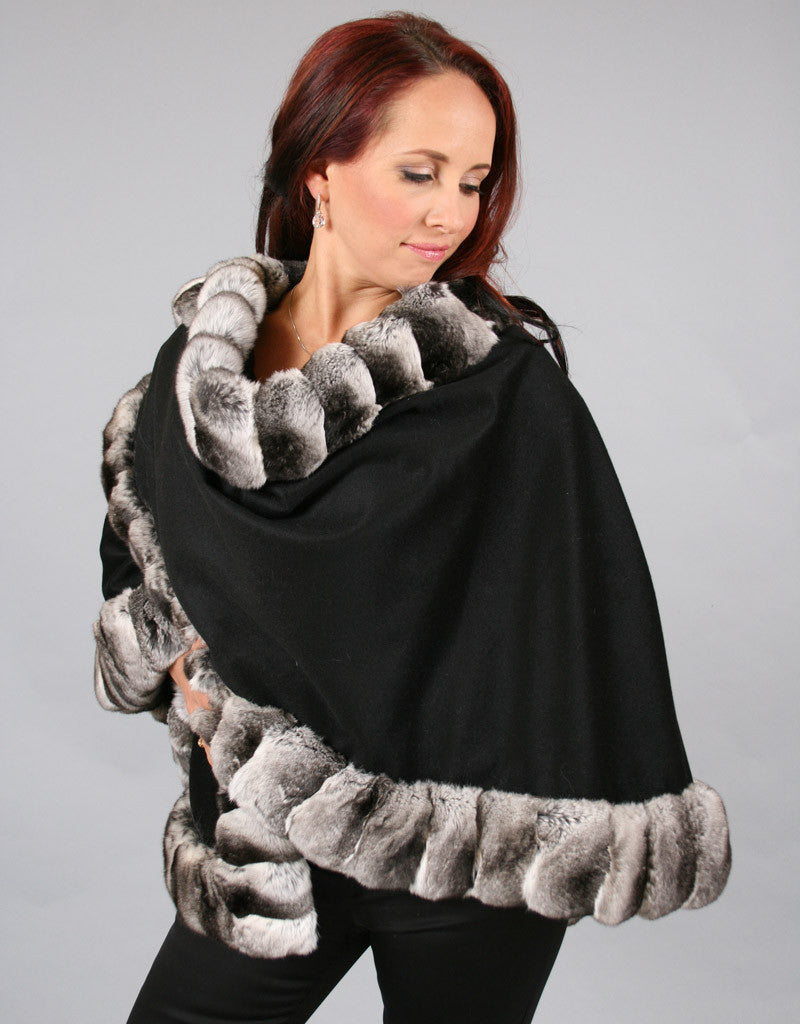 Medium Round Cashmere Cape-Black/ Chinchilla