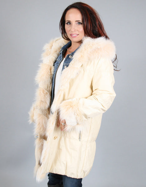 Fur Lined Carcoat with Detach Hood-Vanilla