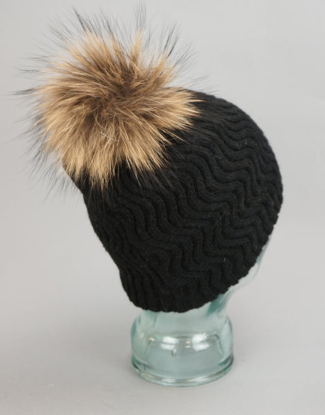 Knit Wave Pattern Pom Pom Hat-Black Natural