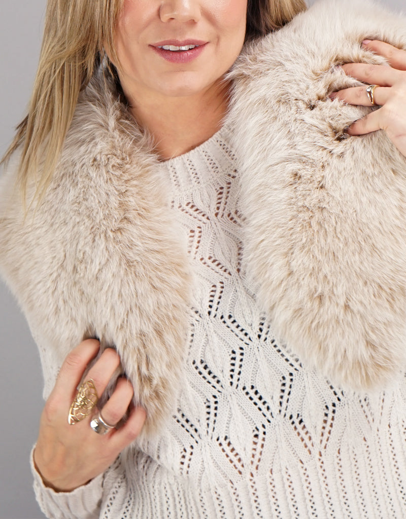 Elegant Small Shawl Collar - Blush