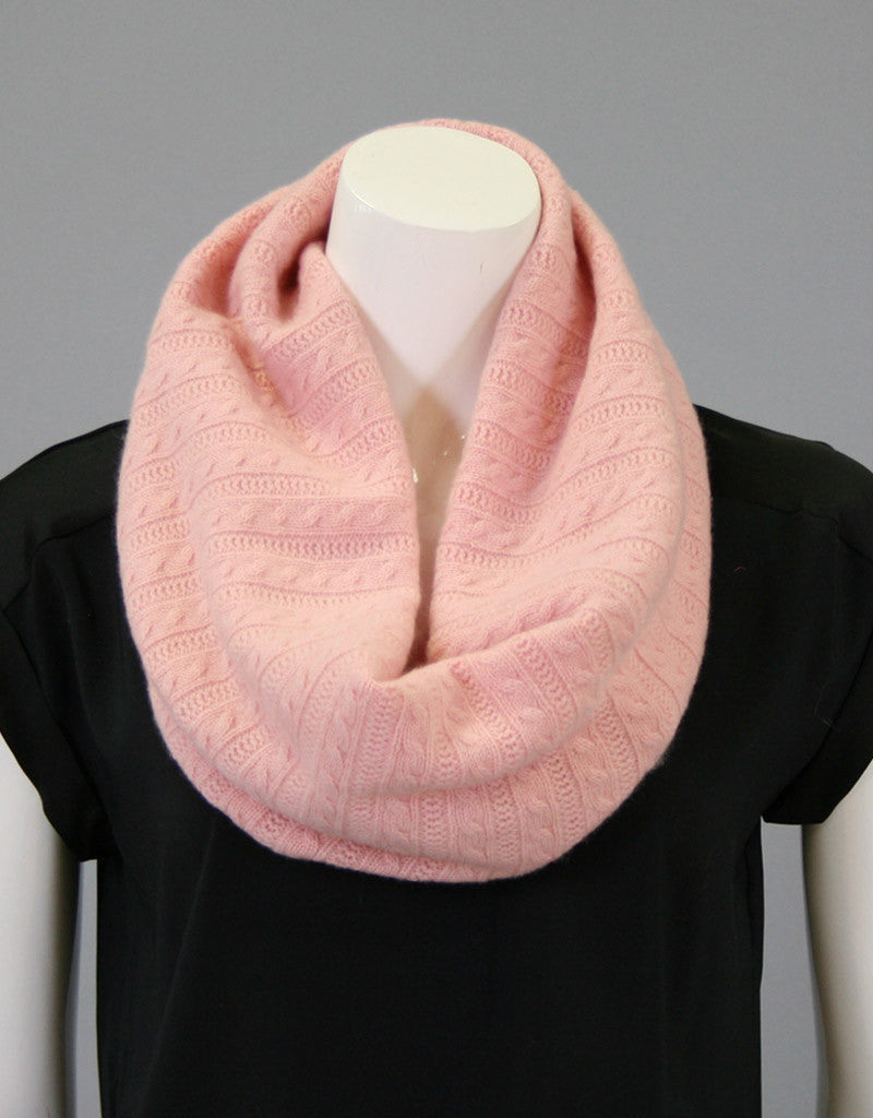 Cashmere Cable Cowl-Cream