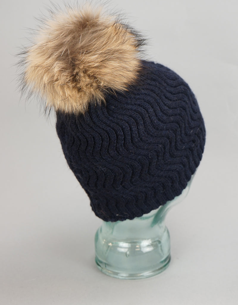 Knit Wave Pattern Pom Pom Hat-Grey Natural