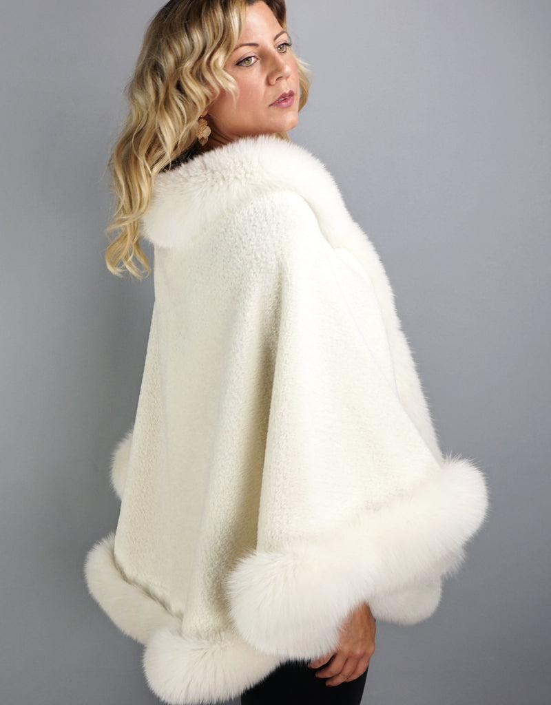 Alpaca Blend Medium Cape- Off White