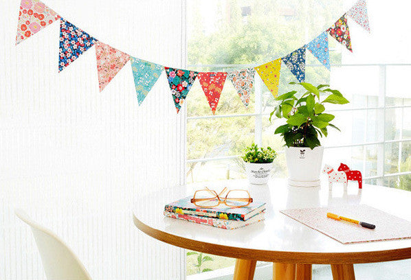 BENTOY Bunting Garland Set Flowery Picnic Garland A704E