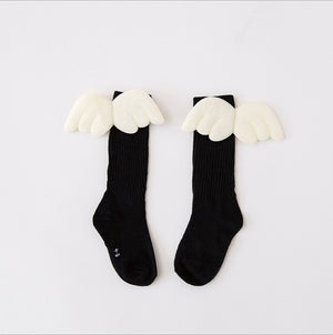 1-10Y Kids Knee High Long Black Socks with Wing A3253L16
