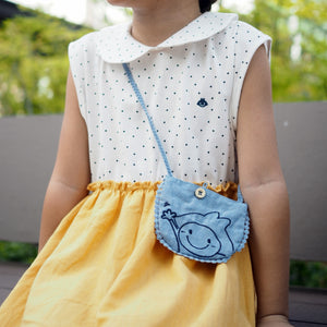 1-5Y Girls Collar Dress with Sling Pouch G20128B