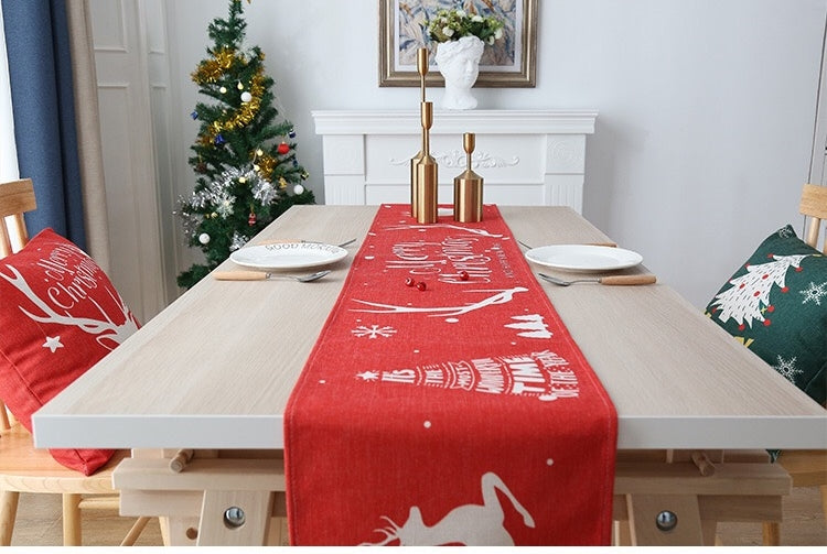 Christmas Red Reindeer Table Runner A72515