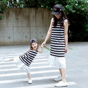 1-6Y Girls Monochrome Hem Dress G21035K (Mother sizes available)