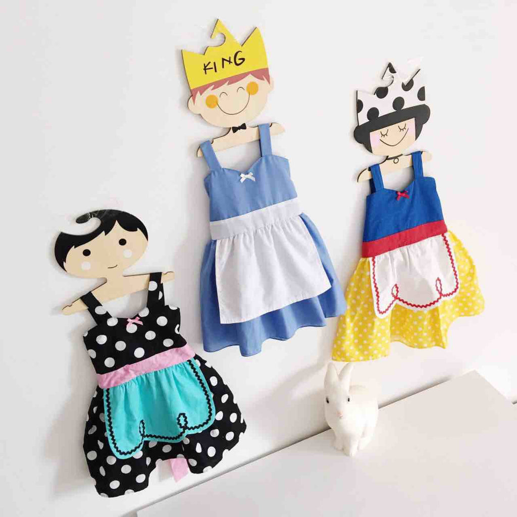 1-7Y Girls Snow White Pinafore Dress G250D