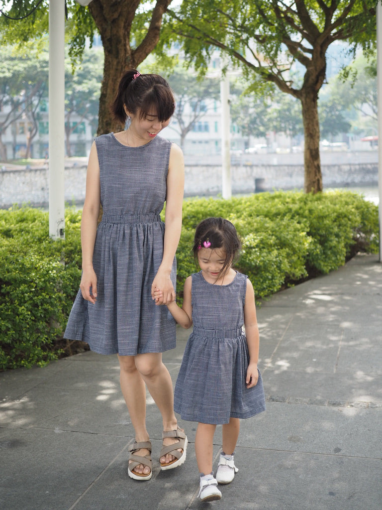 3-15Y Girls Blue Checker Retro Dress G21034C (Mother size available)