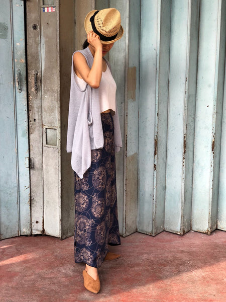 Forgotten Tribes - Ethnic Clothing - Palazzo Pants Printed Tropical Flowers and Ultra Light Jacket Wrap