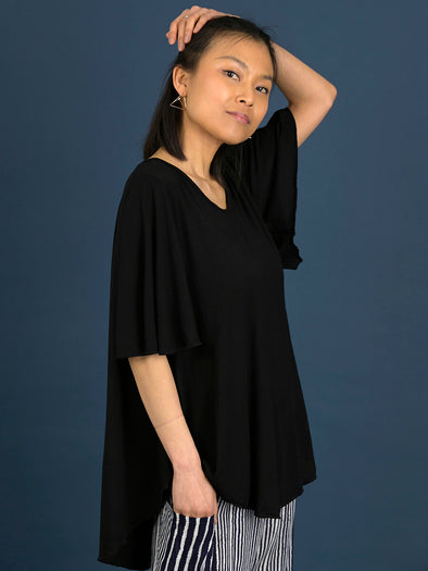 Curved Hemline T-shirt with Bell Sleeves