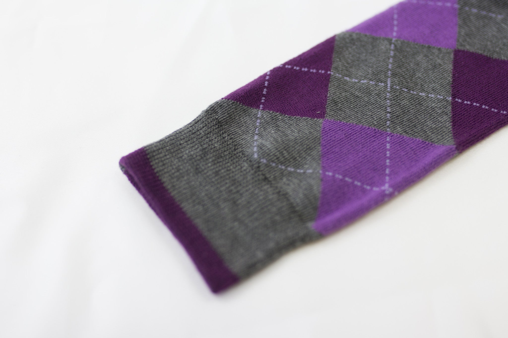 Violette-Grey Argyle Socks