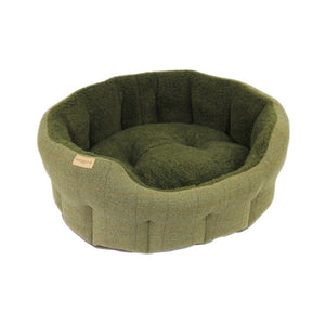 Earthbound Traditional Tweed Dog Bed