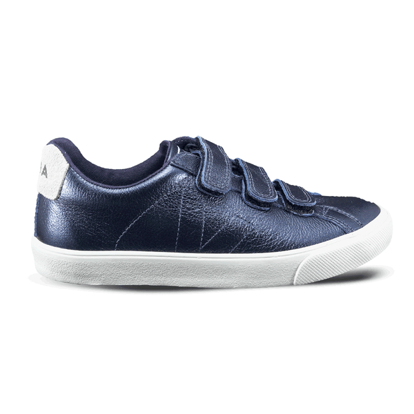 veja-3-lock-leather-petrol-sneaker