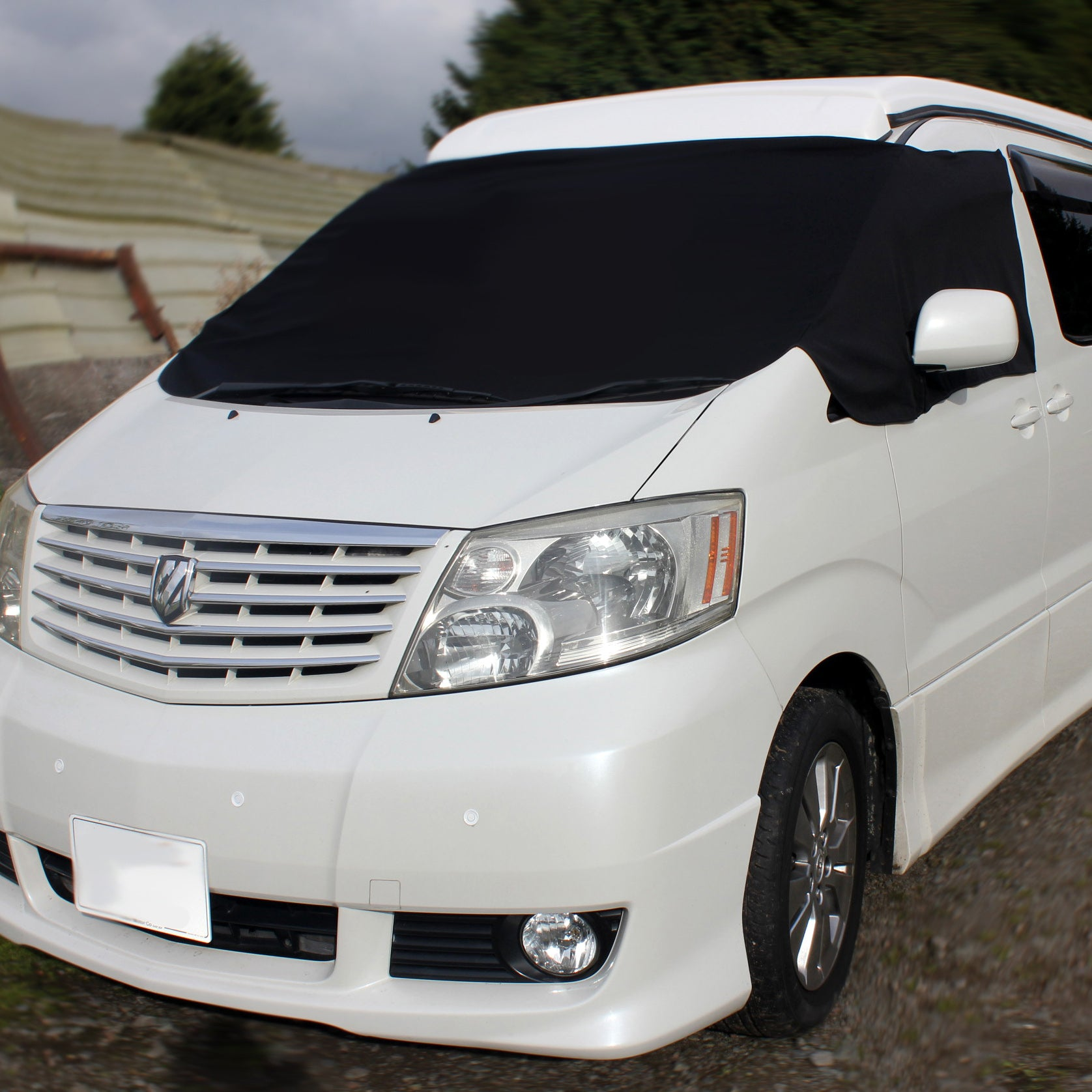 Toyota Alphard Screen Cover - Arthur Eyes