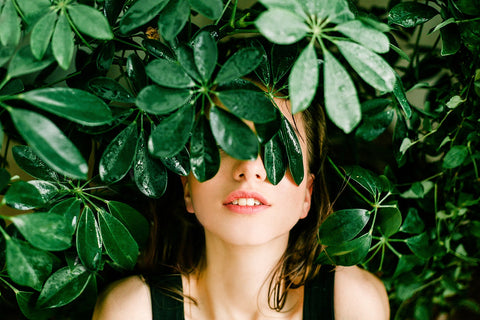 What Switching to a Natural Beauty Routine Means For Your Overall Health 2 - Luxe Botanics