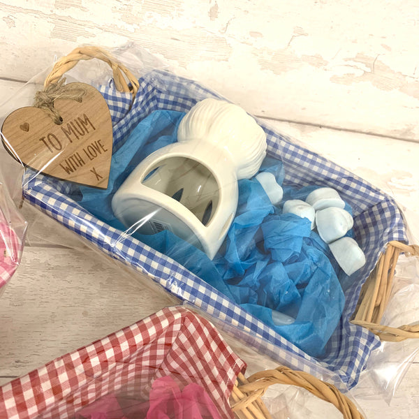 Wax melt  personalised basket gift set - BLUE - with hearts