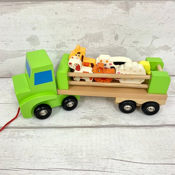 Farm lorry with animals