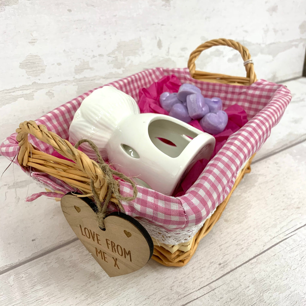 Wax melt  personalised basket gift set - PINK - with hearts
