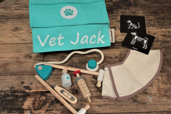 Vets personalised wooden play set - free uk delivery by Personalised For